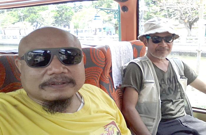 Thai Bus Food Tour