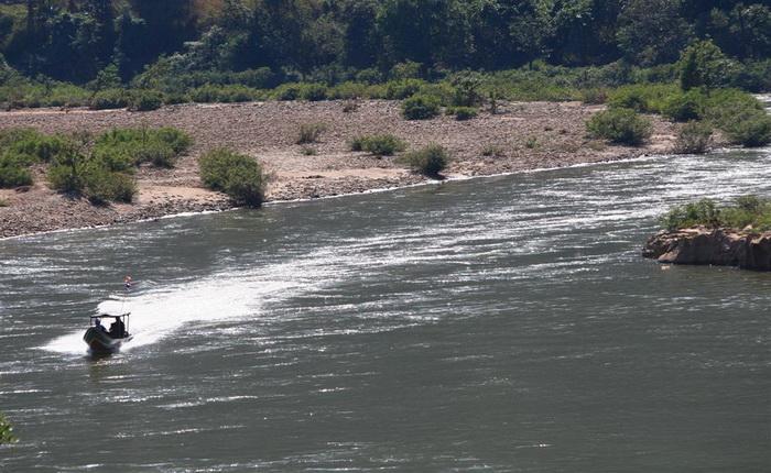 แม่น้ำเมย ท่าสองยาง ตาก