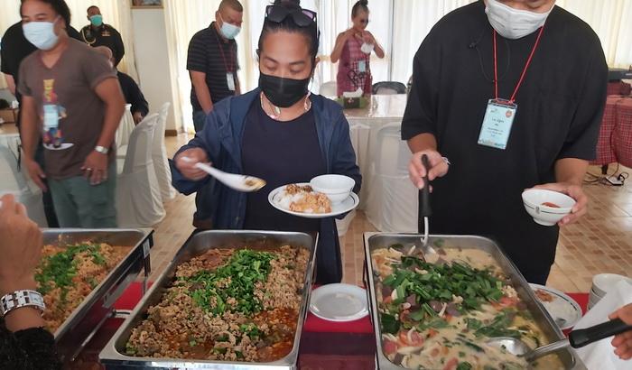 ทหารพันธุ์ดี อาหารกลางวัน  มทบ.๓๔ ค่ายขุนเจืองธรรมิกราช มณฑลทหารบกที่ 34 พะเยา